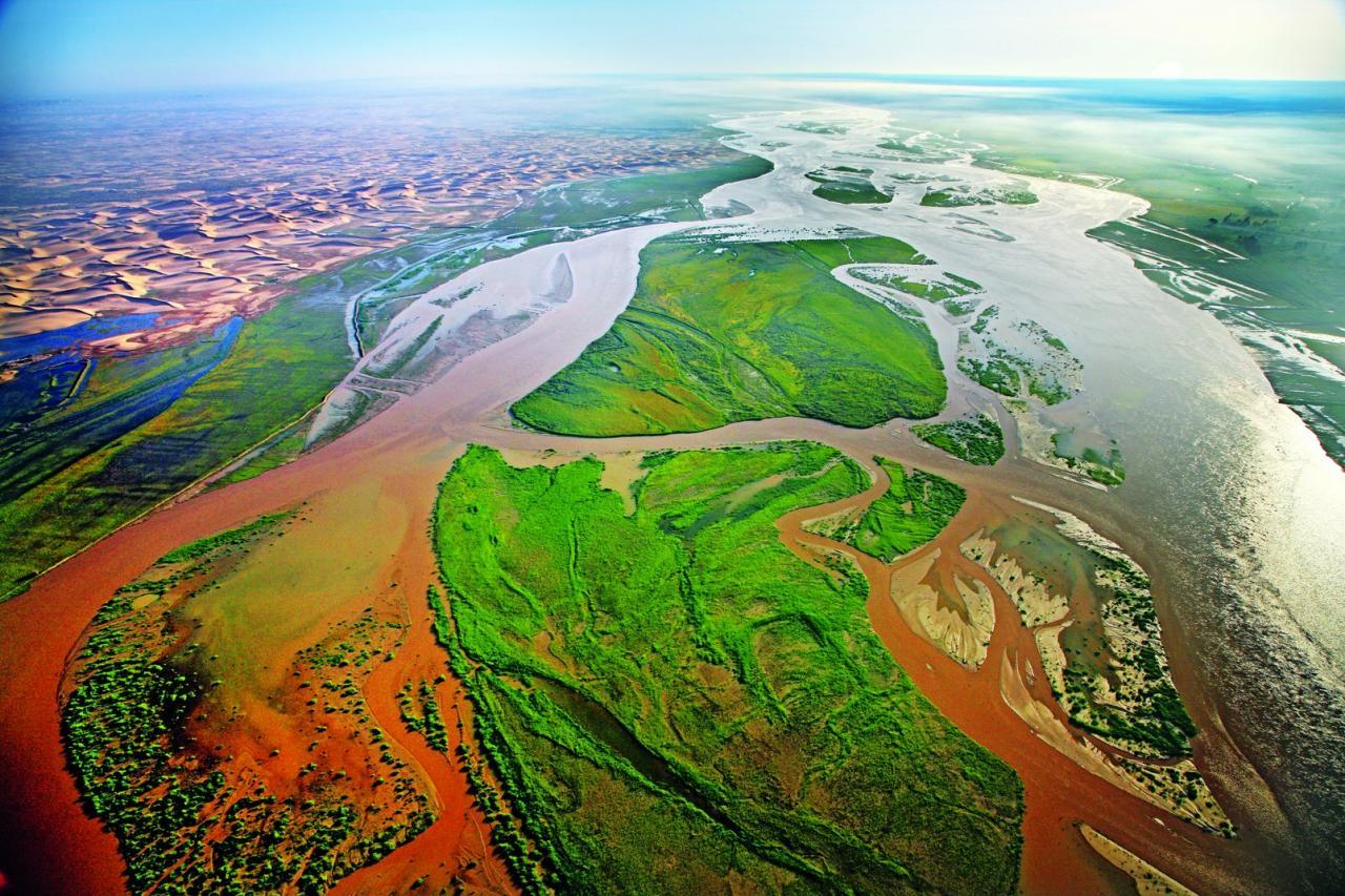 位置较低的江心洲会被洪水淹没